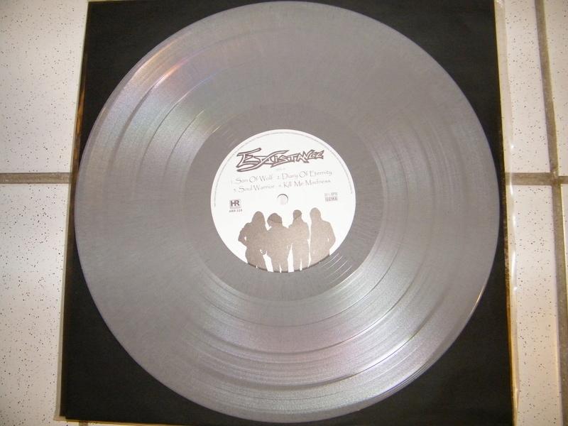 Vous avez des vinyles de couleurs collectors? Dscf5032
