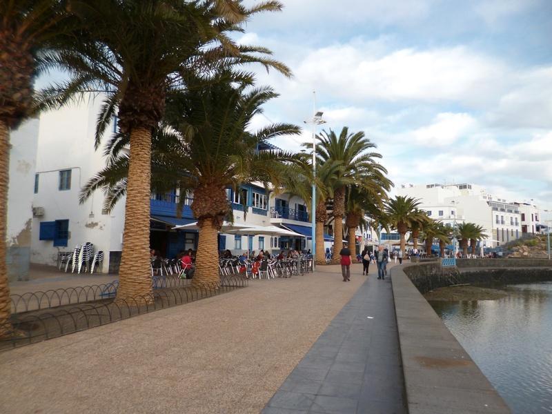 Lanzarote, l'île esthétique - Page 2 P1030926