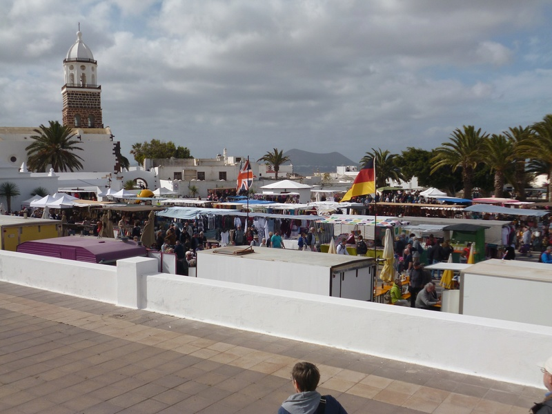 Lanzarote, l'île esthétique - Page 2 P1040016