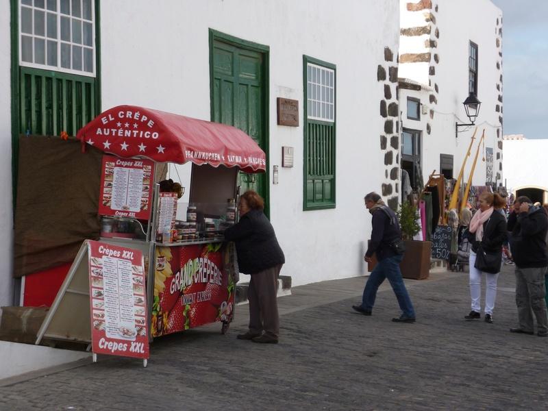 Lanzarote, l'île esthétique - Page 2 P1040022