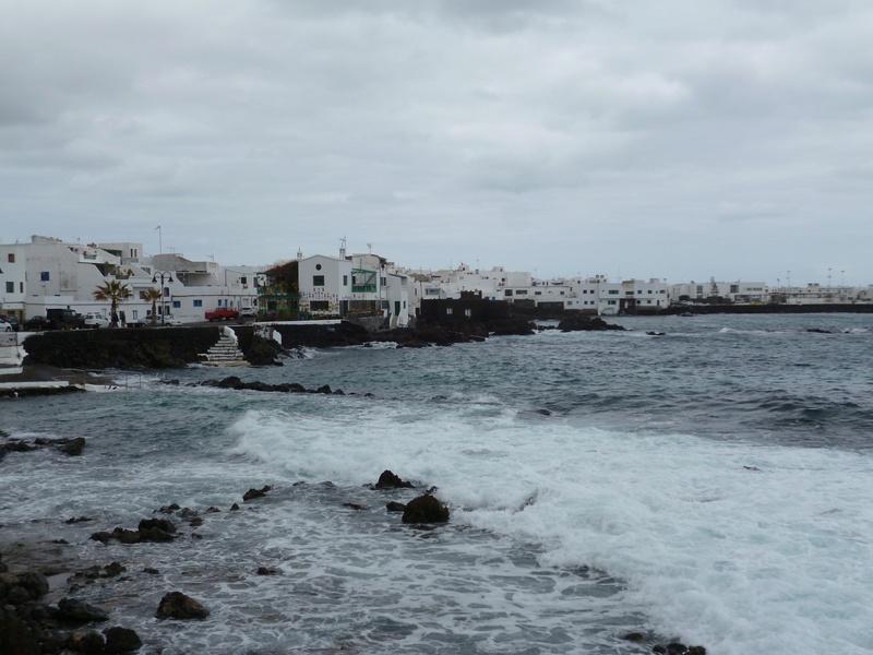 Lanzarote, l'île esthétique - Page 2 P1040035