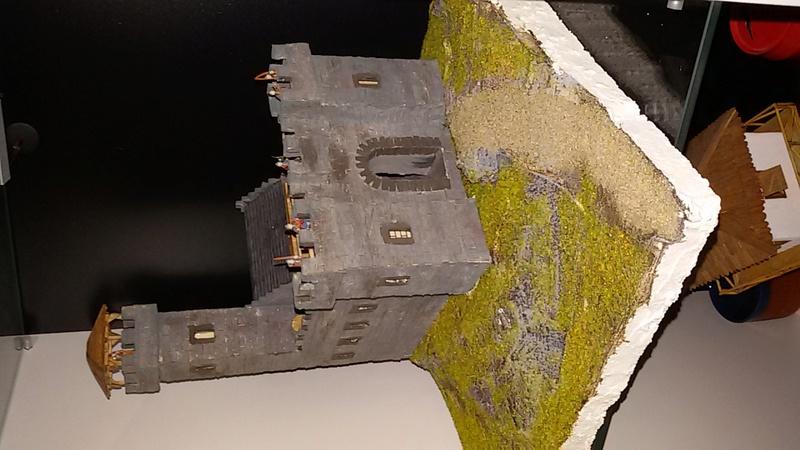 Burg aus Holz zur kompletten Überarbeitung - Seite 12 20161115