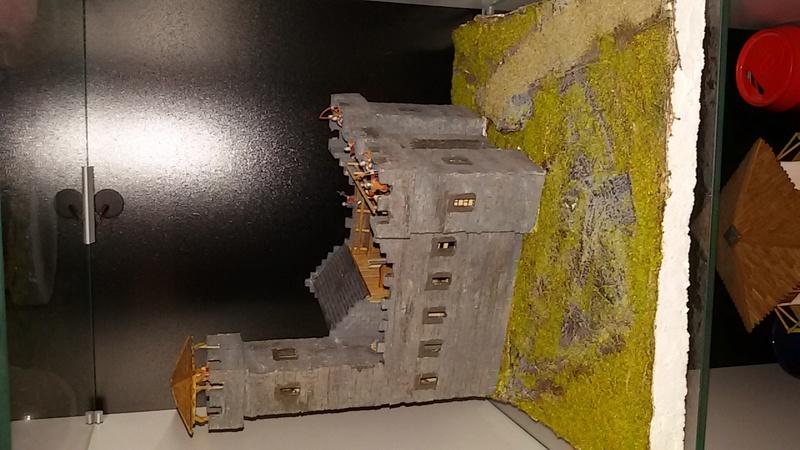Burg aus Holz zur kompletten Überarbeitung - Seite 12 20161116