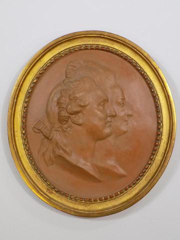 A vendre: Louis XVI et Marie Antoinette - Page 4 20153910