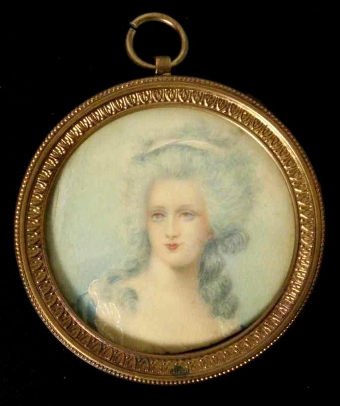A vendre: miniatures de Marie Antoinette? - Page 5 Zzzfon15