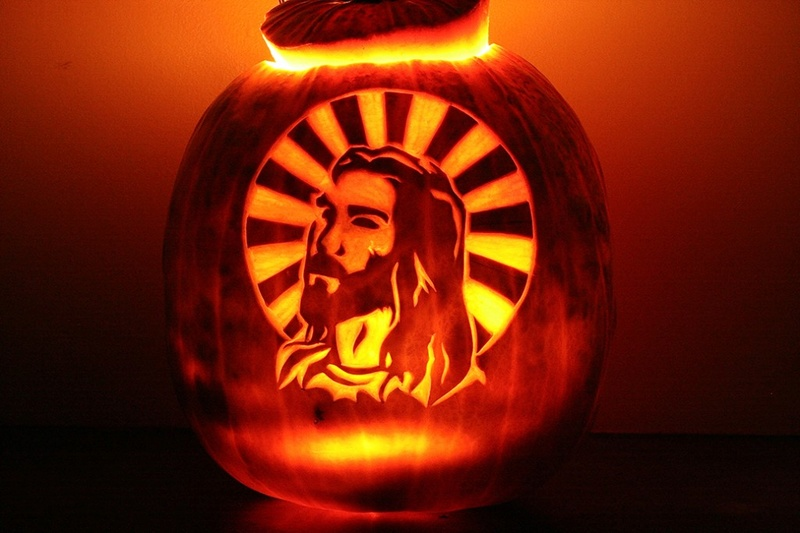 Halloween - Page 3 Jesus-12
