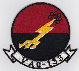 EA-6B Prowler [1/48° de ITALERI] Rajout de photos avec le A6 intruder 13871410
