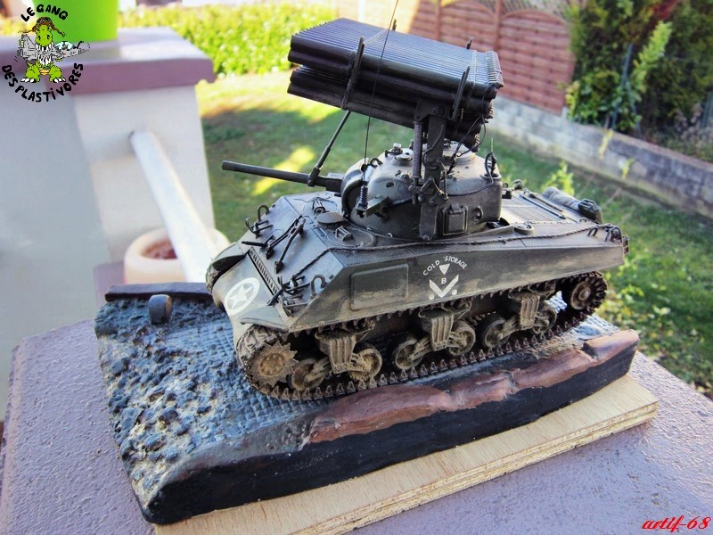 "M4A3 Sherman ""Calliope"" [1/35° de ITALERI] rajout de photos fini et dehors Img_5255"