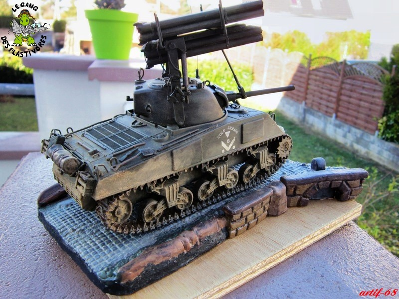 "M4A3 Sherman ""Calliope"" [1/35° de ITALERI] rajout de photos fini et dehors Img_5259"