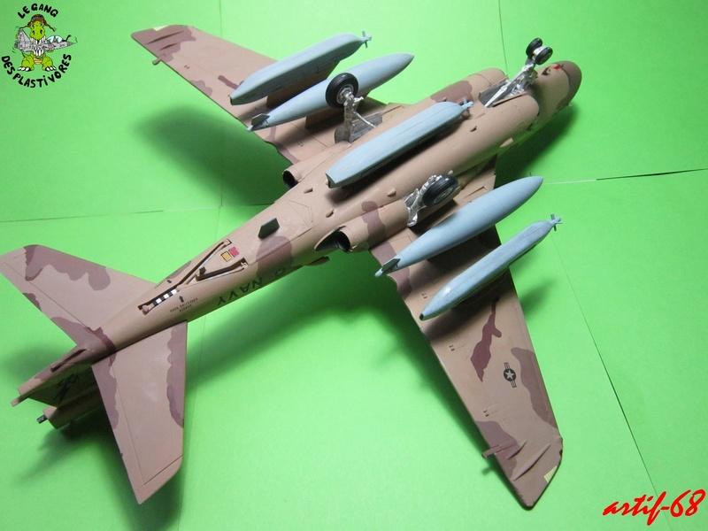 EA-6B Prowler [1/48° de ITALERI] Rajout de photos avec le A6 intruder Img_5413