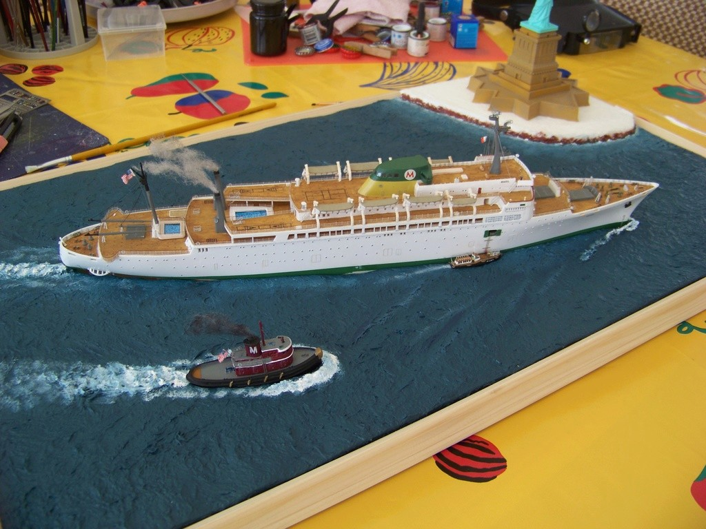 Paquebot mixte SS Brasil au 1/400 Revell  - Page 4 100_9430