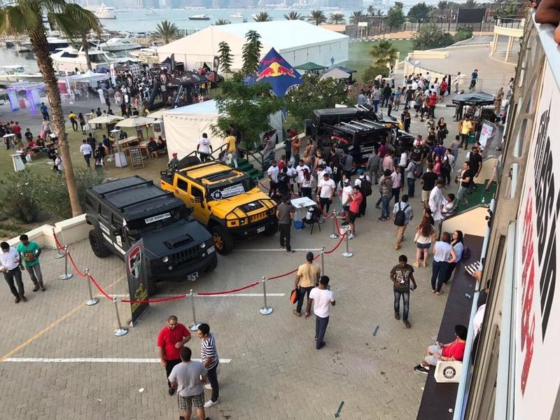 Connaissiez vous la UAE Hummer Team ? amis Hummeristes  14900410