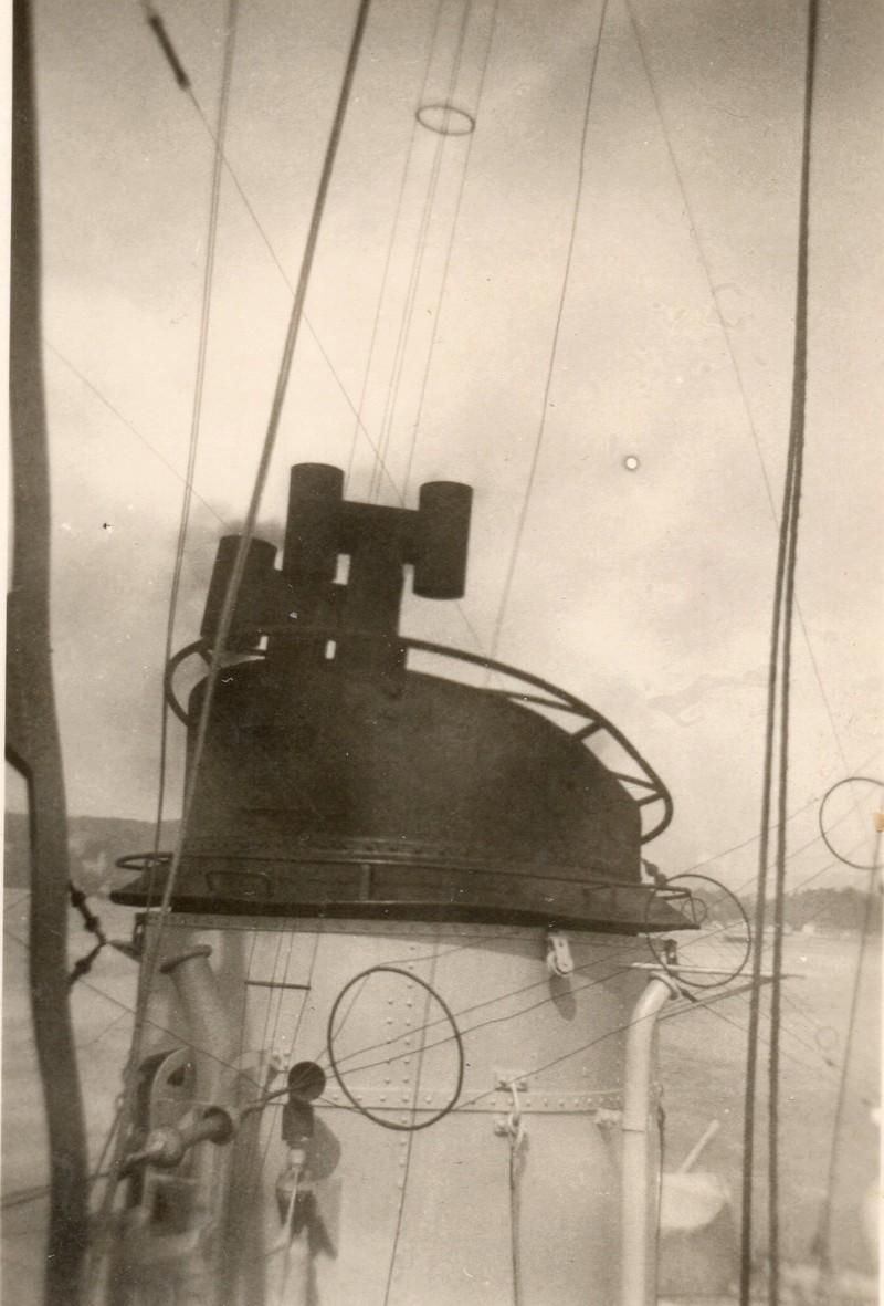 navire à identifier... - Page 13 Pellic11
