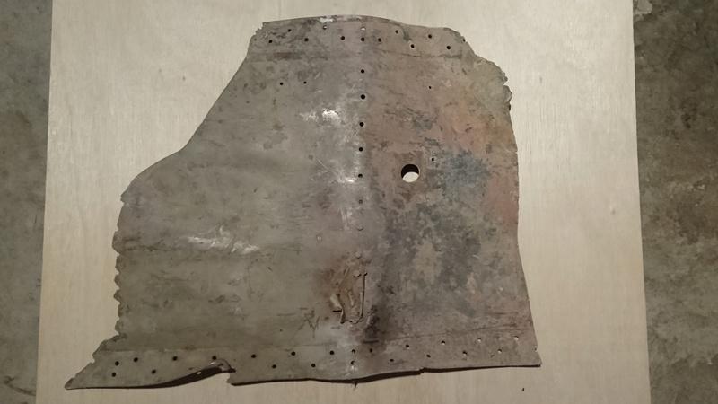 Débris d'avion Dybris16