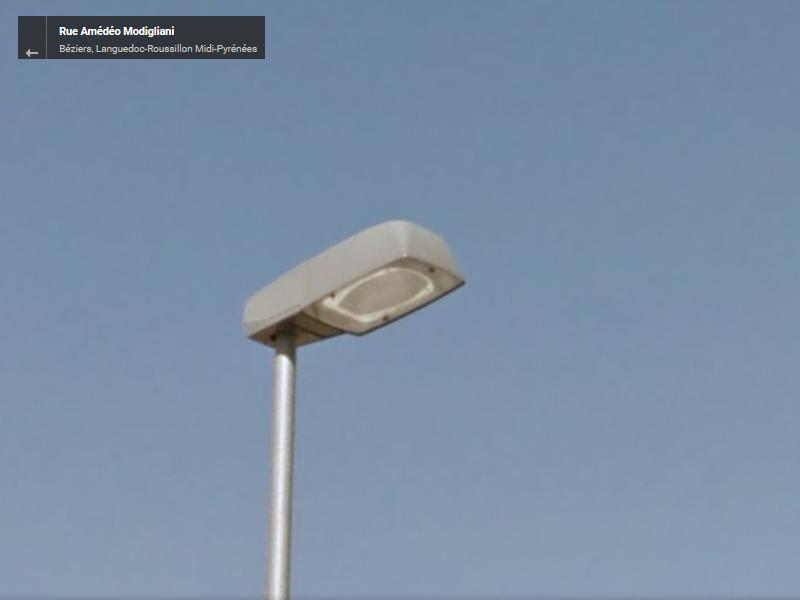 [Identifié] Luminaire Inconnu à Béziers 1110