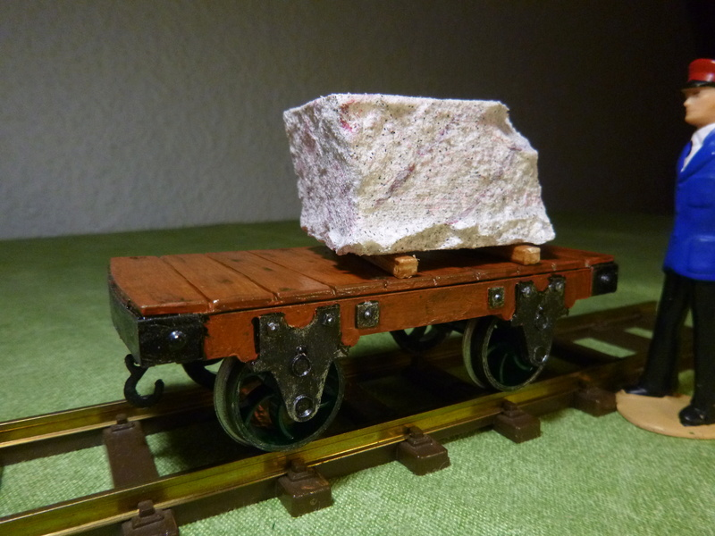 Binnie Engineering (GB) , 32mm Wagons, Loren ca. 1:19   P1030110