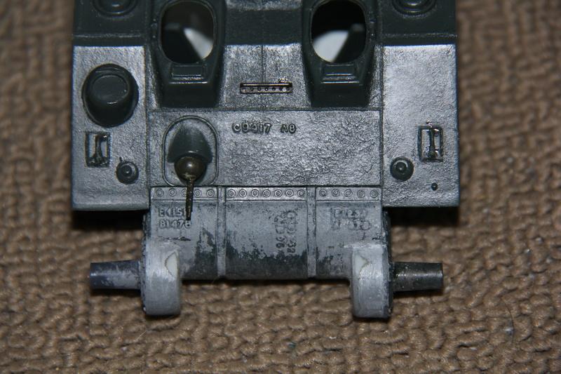 Sherman ( s ) 1/35 N°2 le M4A4 déco  - Page 2 00214