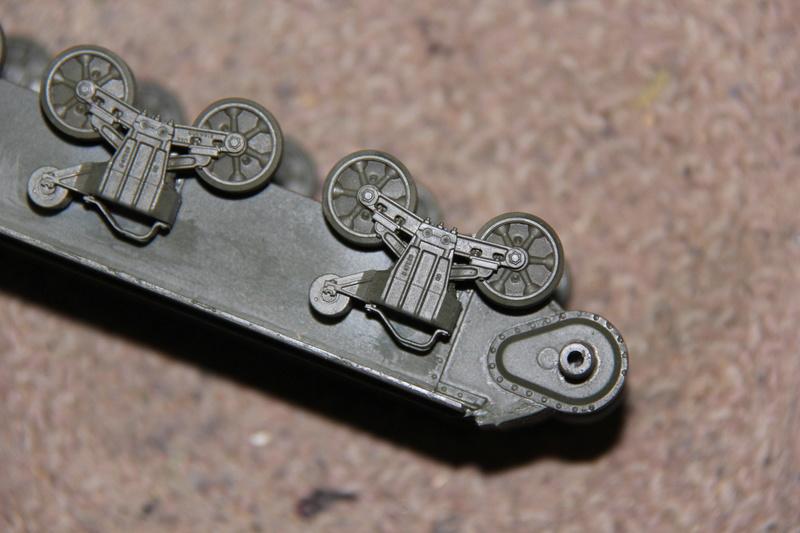 Sherman ( s ) 1/35 N°2 le M4A4 déco  - Page 2 00217