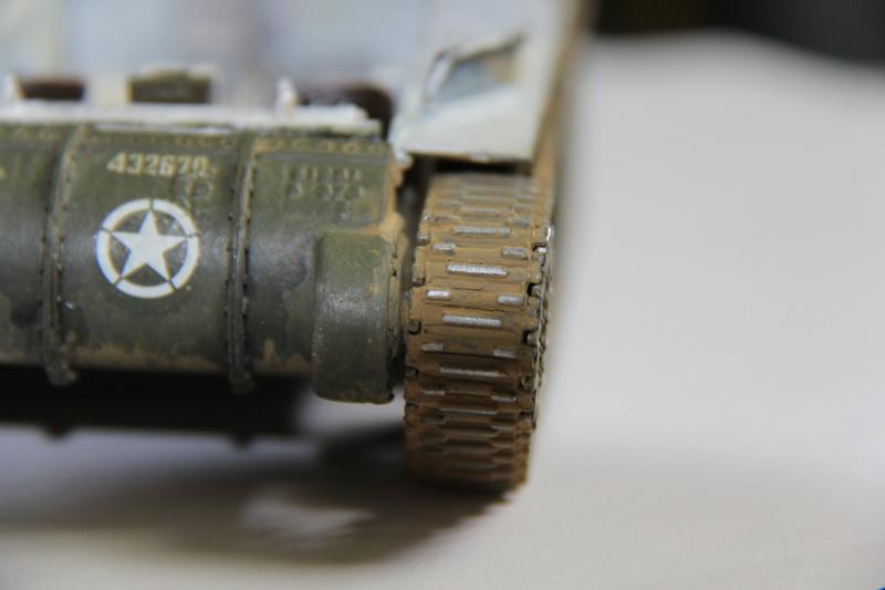 Sherman ( s ) 1/35 N°2 le M4A4 déco  - Page 3 00914