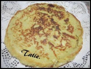 Gâteau aux pommes à la poêle. 16406810