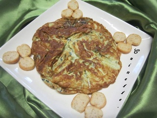Omelette aux œufs de lompe noirs. 94494710