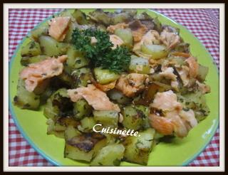 Pommes de terre sautées au saumon rose. Img_4013