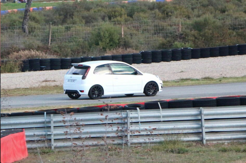 La Fiesta ST150+ d'Oriz - Page 2 Captur10