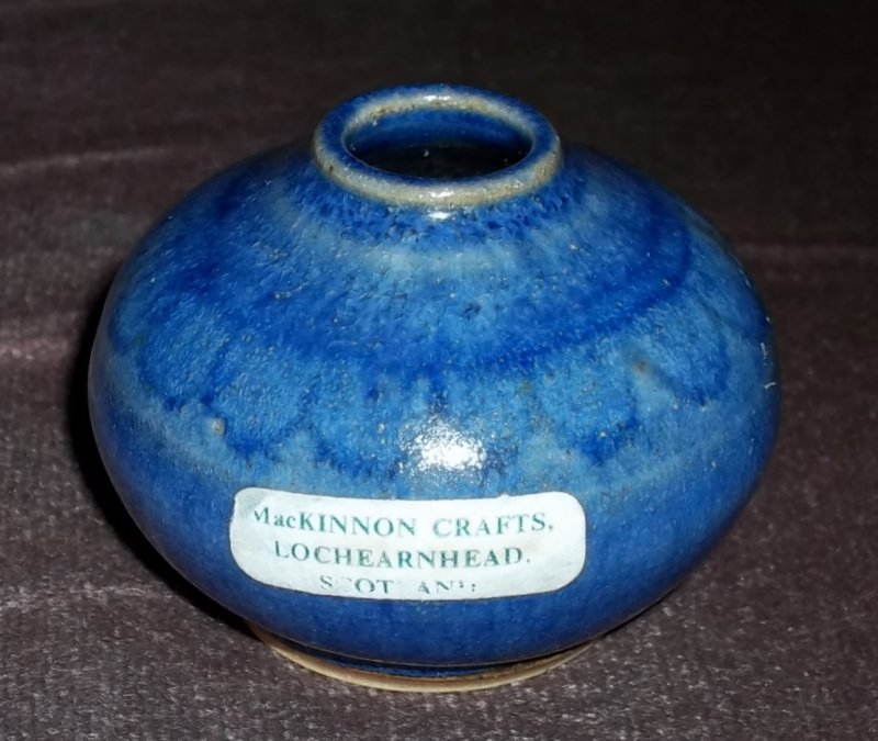 Scottish stoneware pot 100_3321