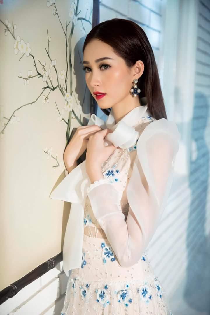 Hoa Hậu Thu Thảo lộng lẫy trong bộ ảnh mới Fb_img33