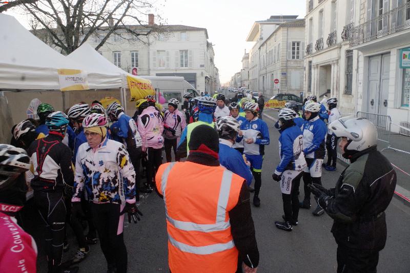 Téléthon Rochefort des sportifs et un défi ! Imgp8615