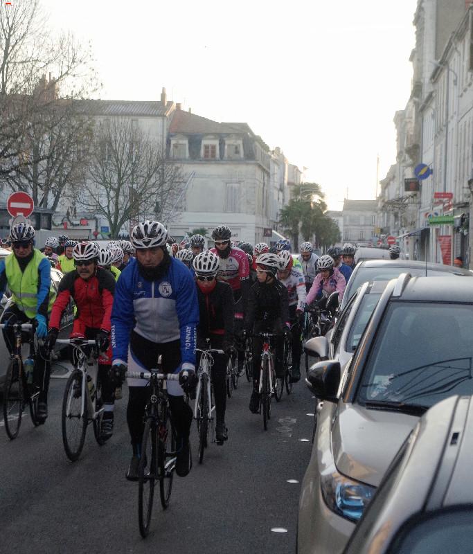 Téléthon Rochefort des sportifs et un défi ! Imgp8618
