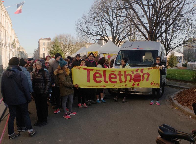 Téléthon Rochefort des sportifs et un défi ! Imgp8623