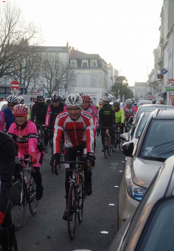 Téléthon Rochefort des sportifs et un défi ! Imgp8627