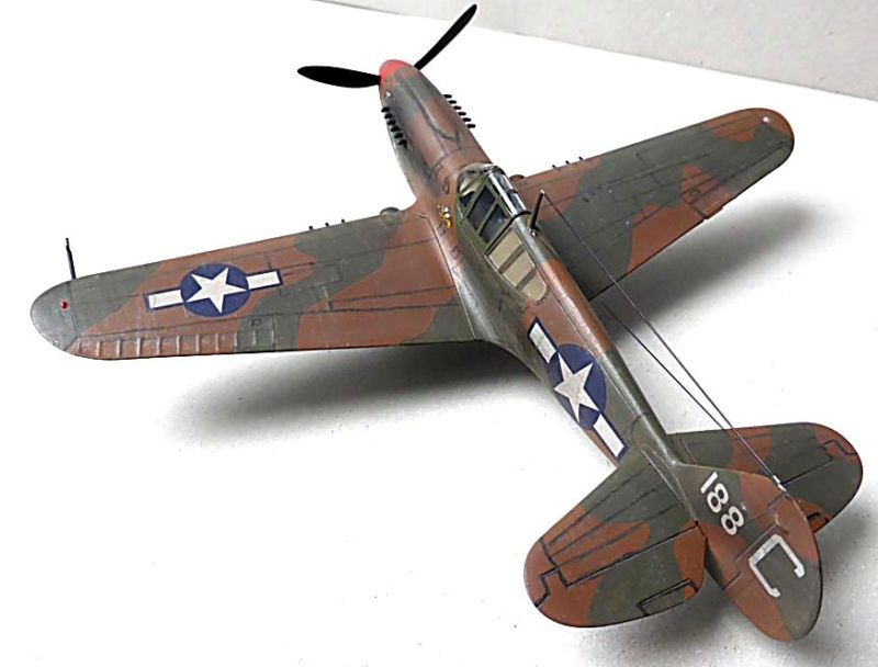 [Hobby Boss] - Curtiss P40 rénovation en Groupe Lafayette 1943  P40ryn11