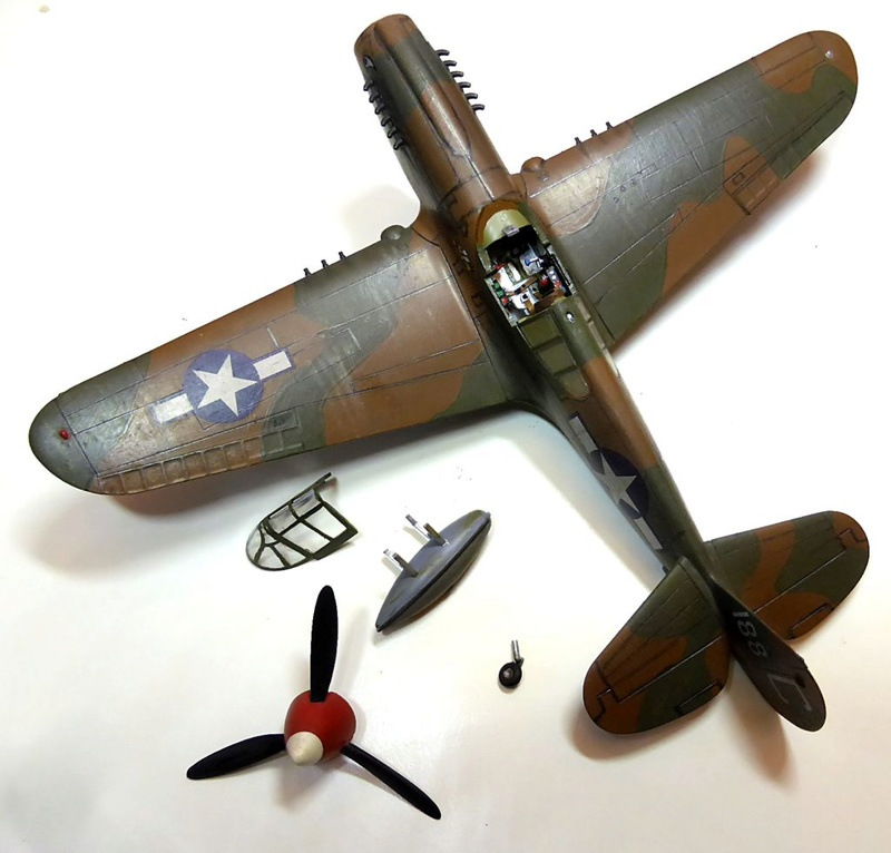 [Hobby Boss] - Curtiss P40 rénovation en Groupe Lafayette 1943  P40ryn13