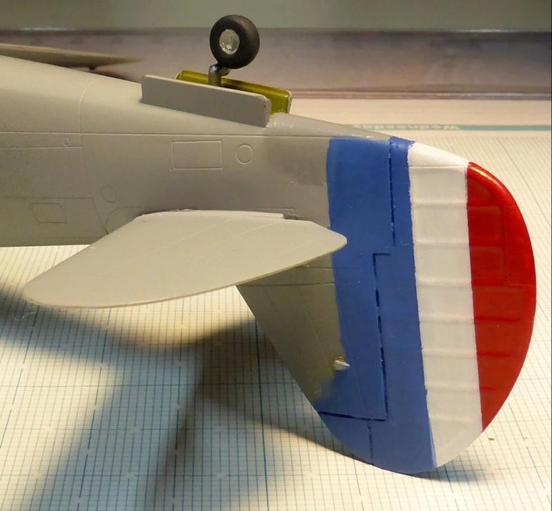[Hobby Boss] - Curtiss P40 rénovation en Groupe Lafayette 1943  - Page 2 P40ryn23