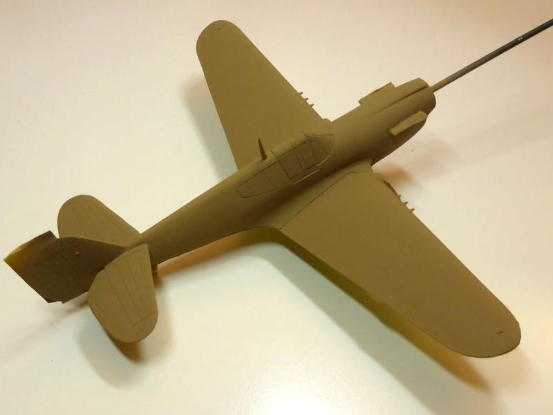[Hobby Boss] - Curtiss P40 rénovation en Groupe Lafayette 1943  - Page 2 P40ryn26