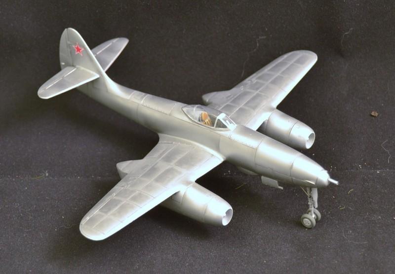 Sukhoi 9K ( Prop and Jet ) 1/72 et PMZ-2 (PST) - Page 3 007_8027