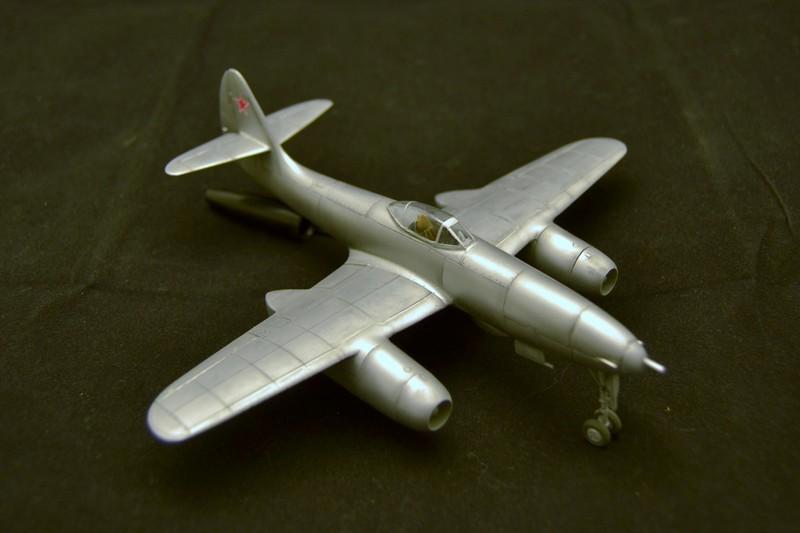 Sukhoi 9K ( Prop and Jet ) 1/72 et PMZ-2 (PST) - Page 3 027_8012