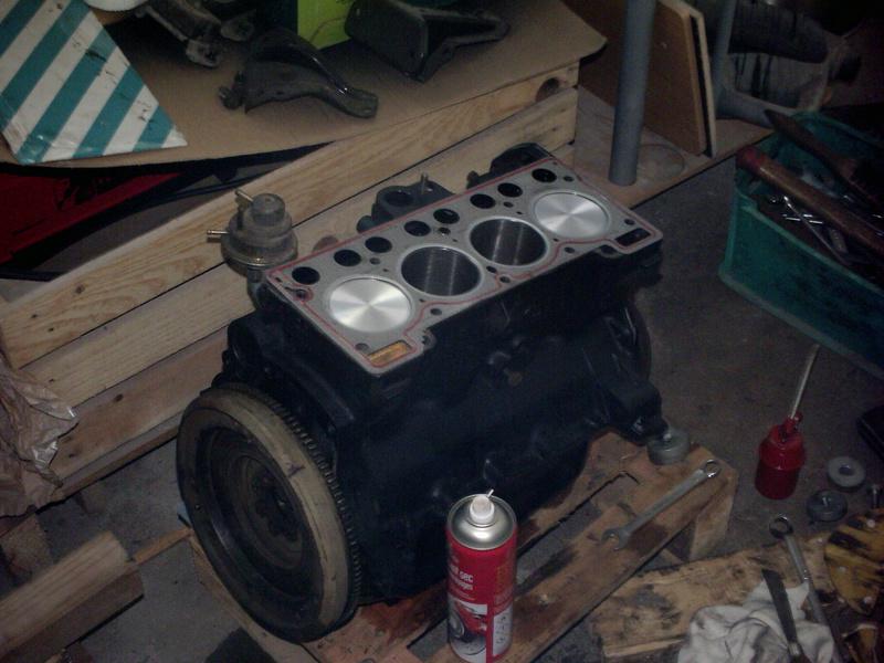 R12 TN en restauration - Page 3 Moteur14