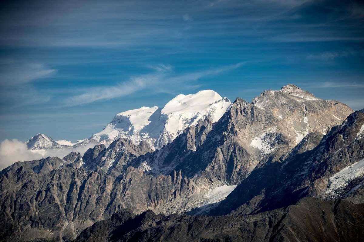 Tour et sommet de l'Aiguille de Loriaz P1710