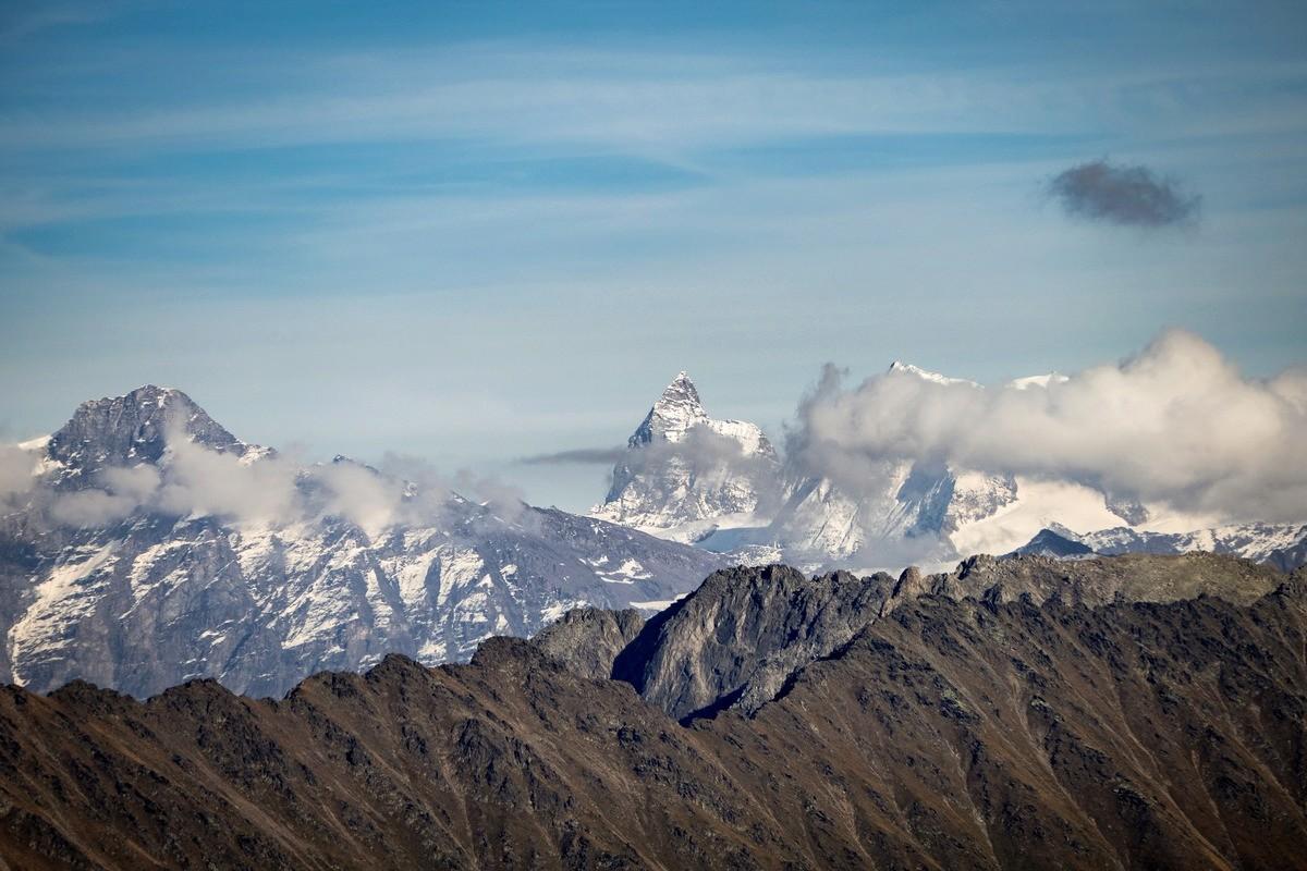 Tour et sommet de l'Aiguille de Loriaz P1810