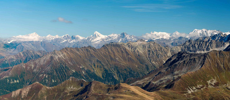 Tour et sommet de l'Aiguille de Loriaz P910