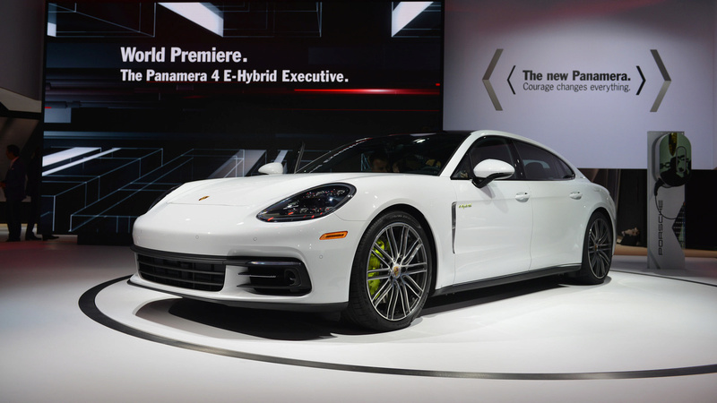 2016 - [Porsche] Panamera II - Page 14 2017-p17