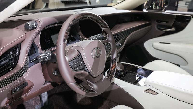 2016 - [Lexus] LS  - Page 3 2018-l31