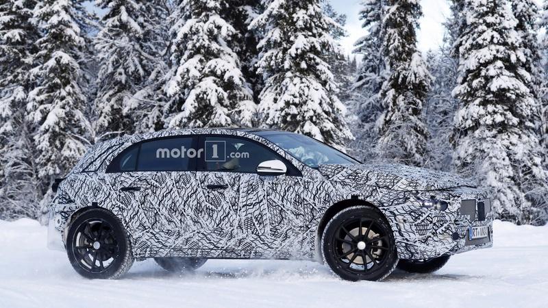 mercedes - 2020 - [Mercedes] GLA II 2020-m12