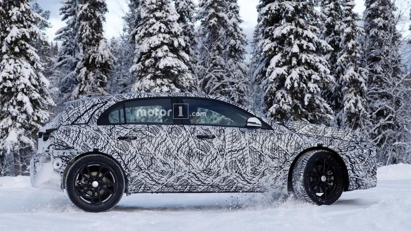 mercedes - 2020 - [Mercedes] GLA II 2020-m15