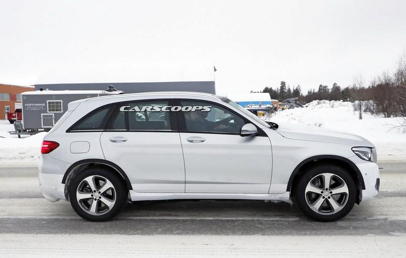 2019 - [Mercedes-Benz] EQ C Merce135