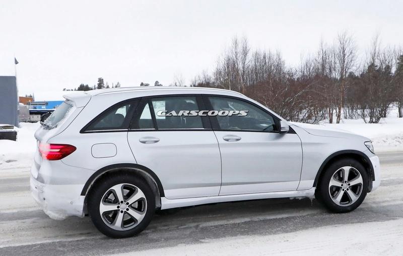 2019 - [Mercedes-Benz] EQ C Merce136