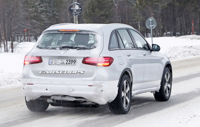 2019 - [Mercedes-Benz] EQ C Merce138